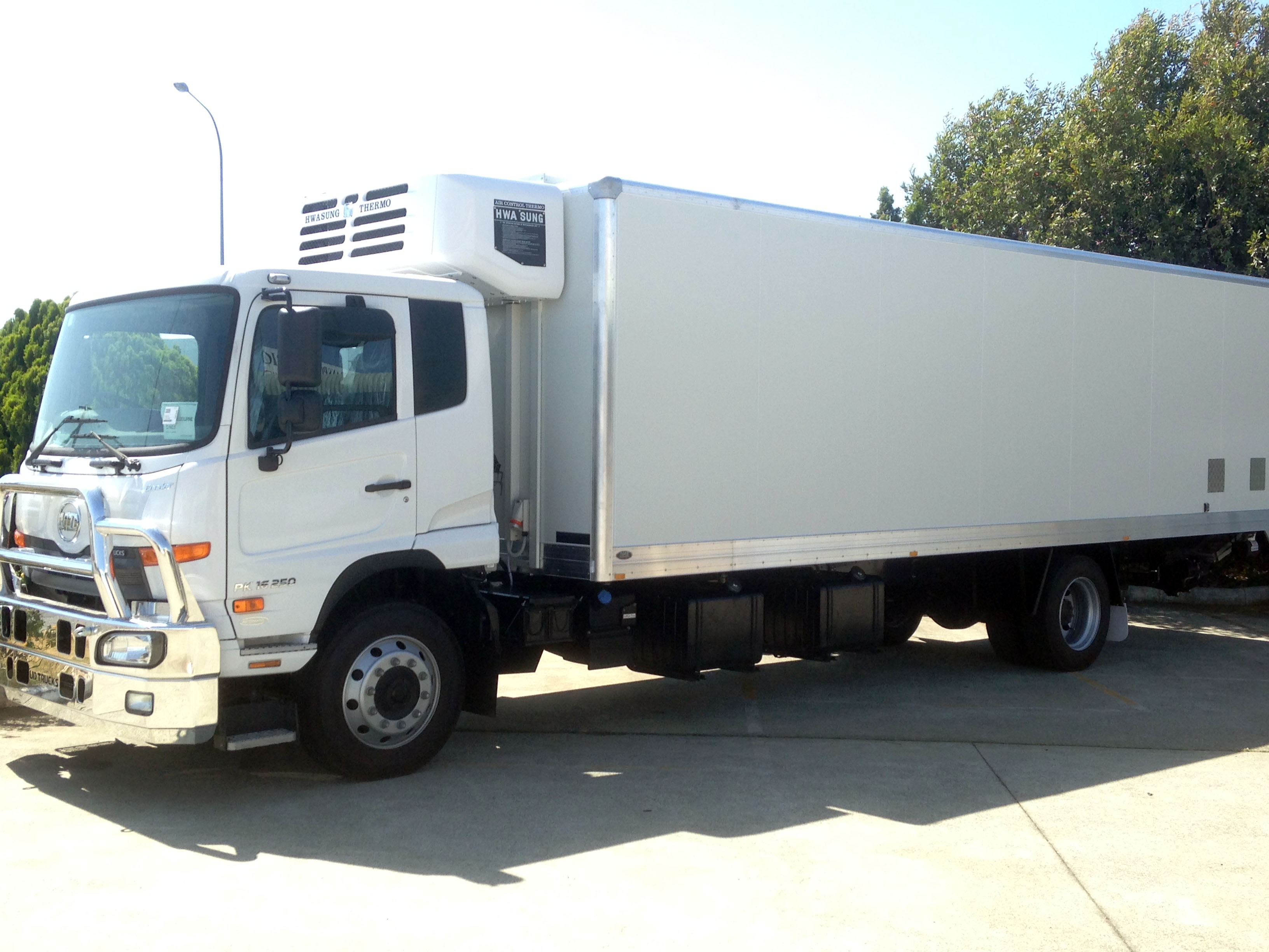 Refrigerated Truck Vehicle : Refrigerated trucks featured portfolio categories air